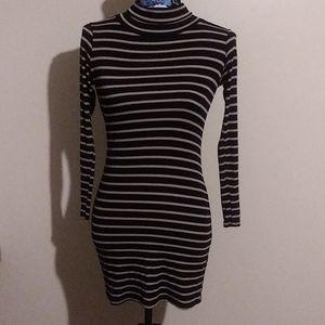 Jolie long sleeve stripped mini dress